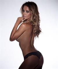 Kahili Blundell in a bikini - ass